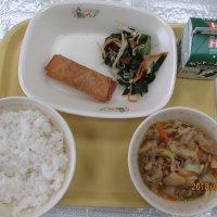 八宝菜とわかめサラダ